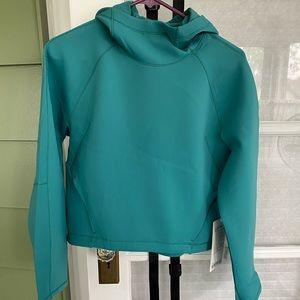 Lululemon airwrap pullover with hood